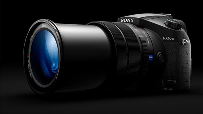 Sony Cyber-Shot RX10 III объектив