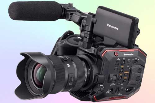Panasonic AU-EVA1 с разрешением 5,7K