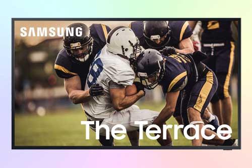 The Terrace 4K QLED TV от Samsung для просмотра на улице