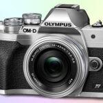 Olympus OM-D E-M10 Mark IV бюджетный беззеркальный фотоаппарат MFT 4К